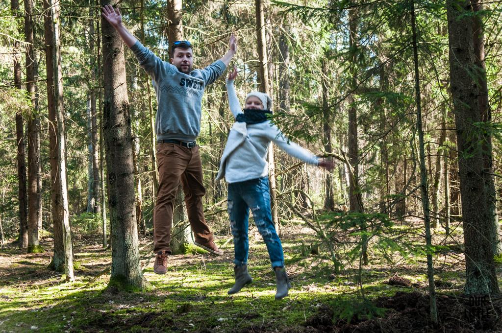 Mario i Karo skaczą w Biebrzańskim Parku Narodowym