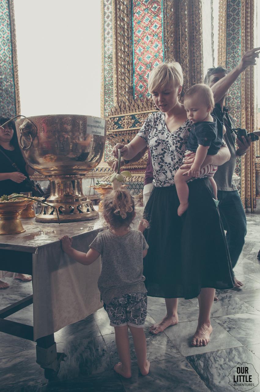 W świątyni Wat Phra Kaew