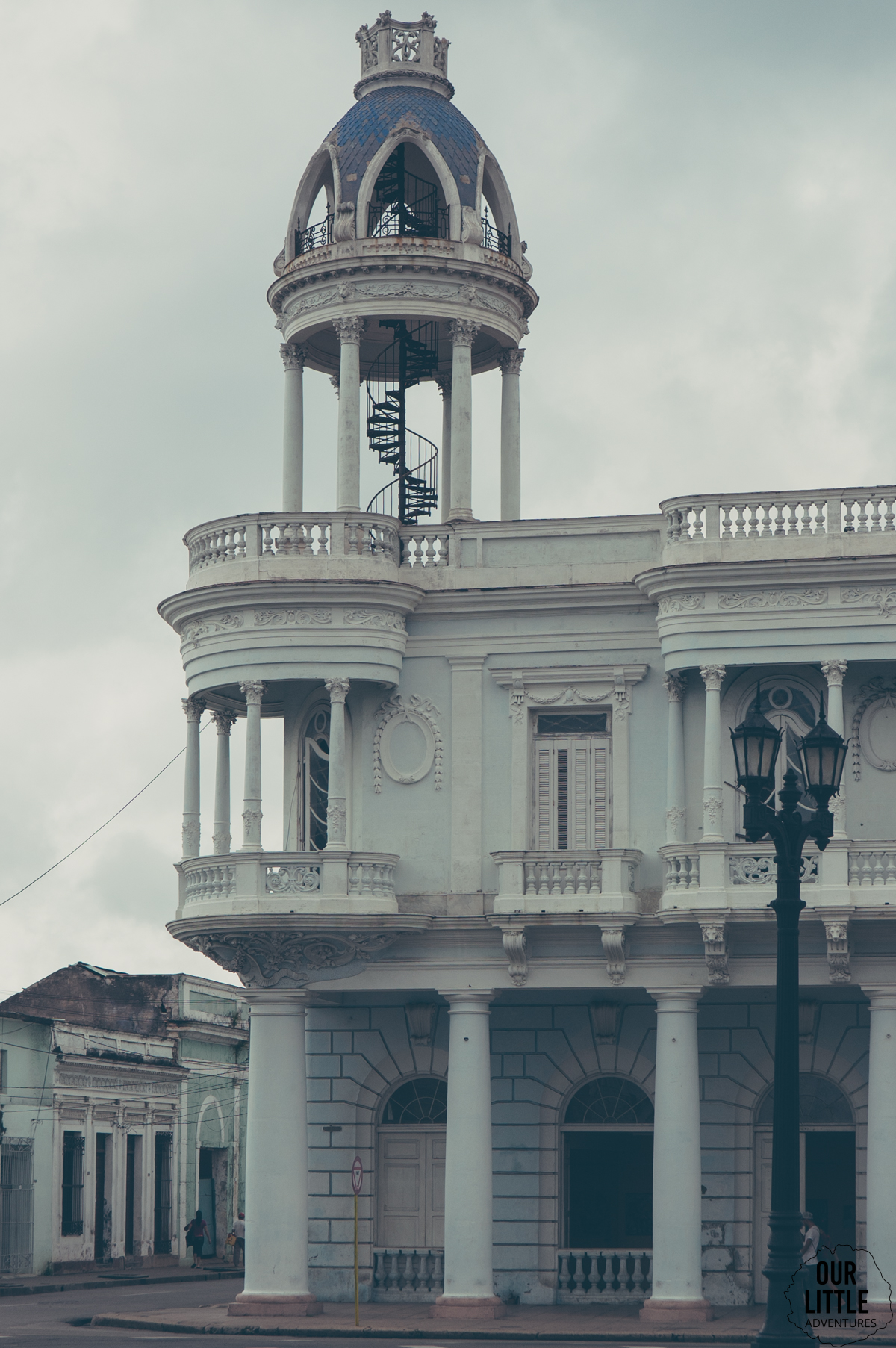 Kolonialne budynki Cienfuegos