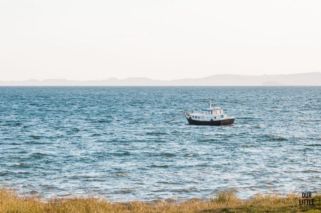 łódka u wybrzeży Chiloe - Chile
