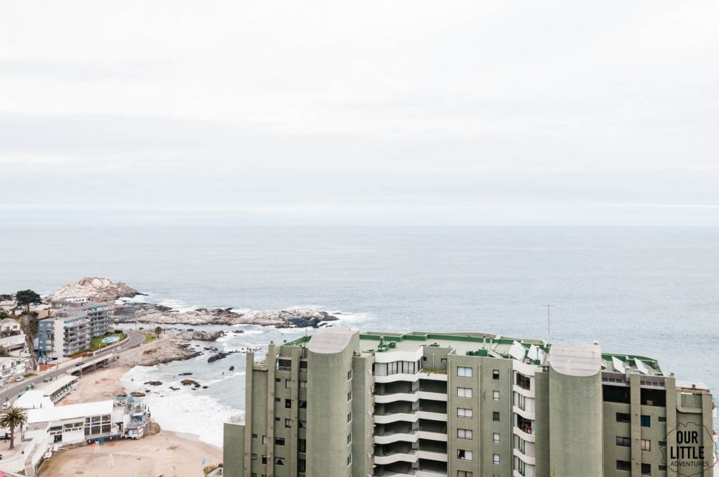 Widok na plażę w Vina del Mar