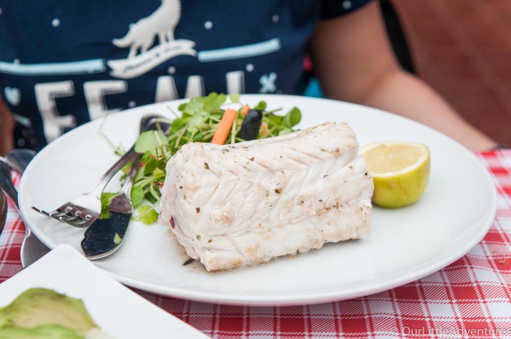 ryba na tależu - jedzenie w Chile