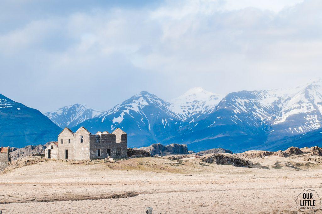 opuszczone domostwa na fiordach wschodnich islandii