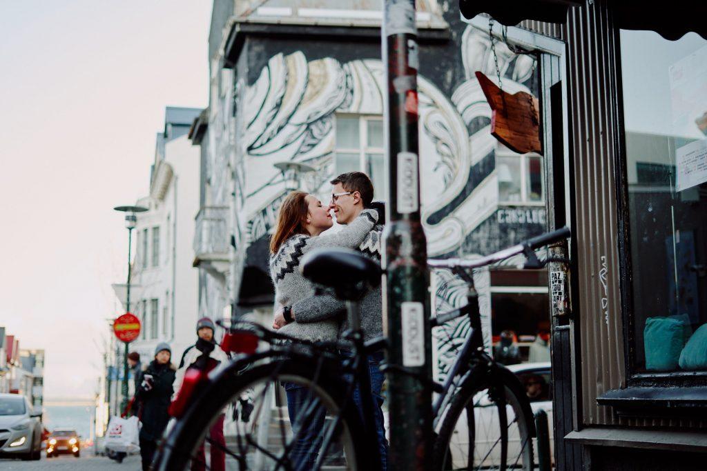 Życie na Islandii. Ola i Tomek w poszukiwaniu przygody życia, Our Little Adventures, fot. Leszek Kanikuła