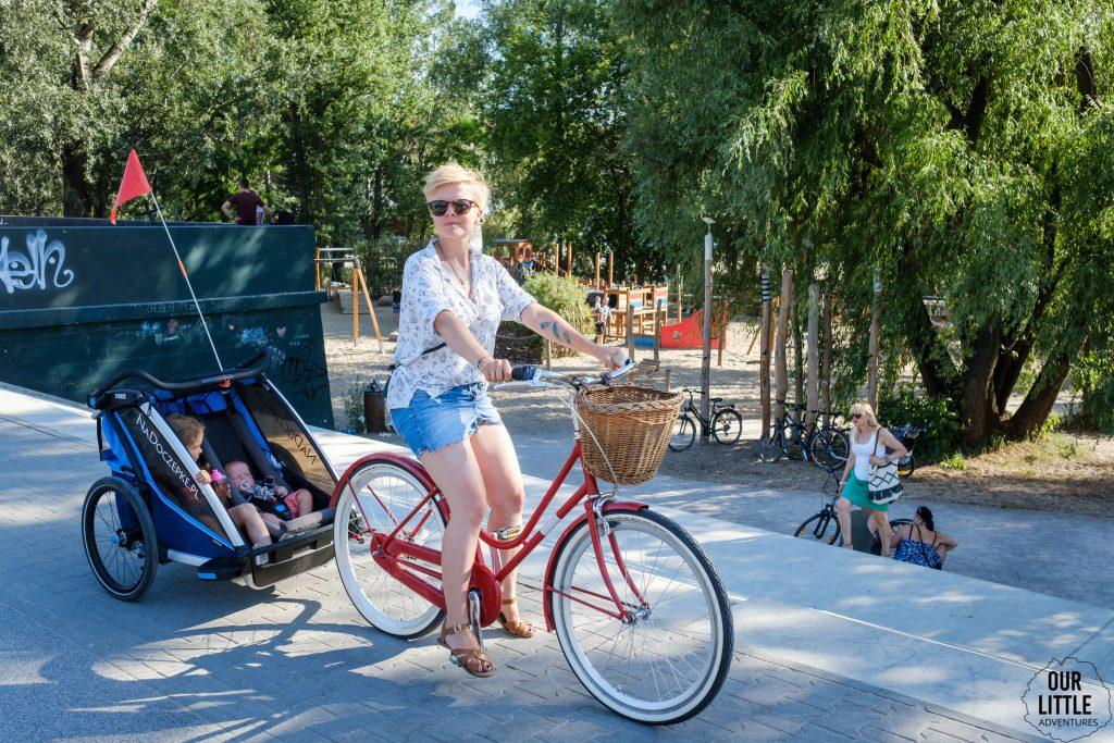 Wiślany Plac Zabaw na Poniatówce. Our Little Adventures, Trasa rowerowa w Warszawie