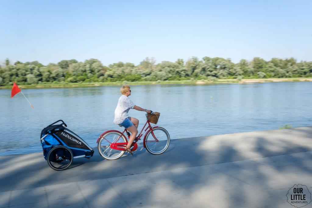Przyczepka rowerowa Thule Cross 2 od NaDoczepke.pl, Trasa rowerowa w Warszawie