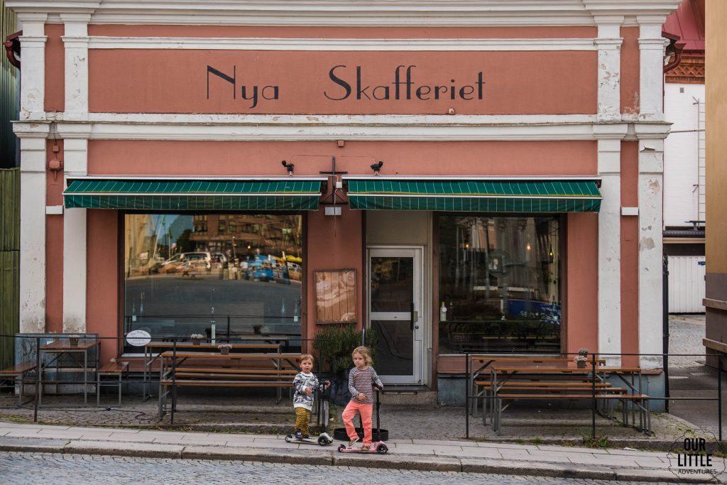 Wyścigi na hulajnogach Scoot and Ride - zwiedzanie Karlskrony poszło nam wyjątkowo szybko! :) Our Little Adventures