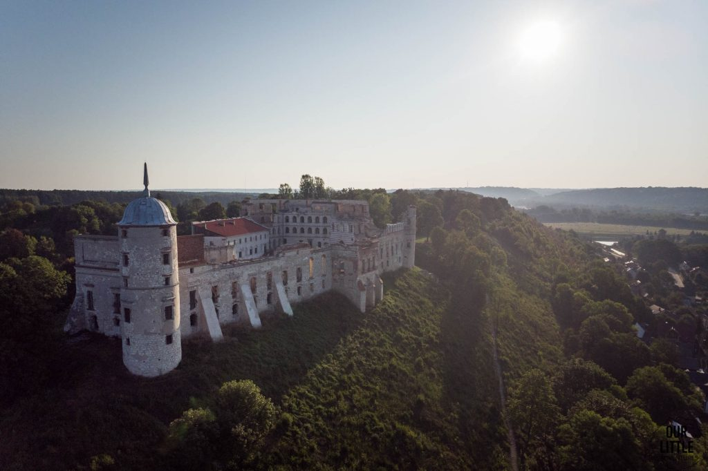 Ruiny zamku w Janowcu nad Wisłą, Our Little Adventures