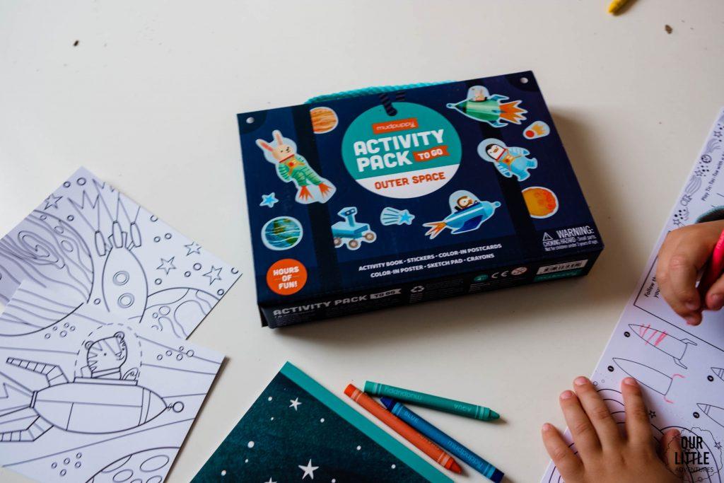 Activity Pack Mudpuppy, kosmiczna walizeczka podróżna, kosmos dla dzieci