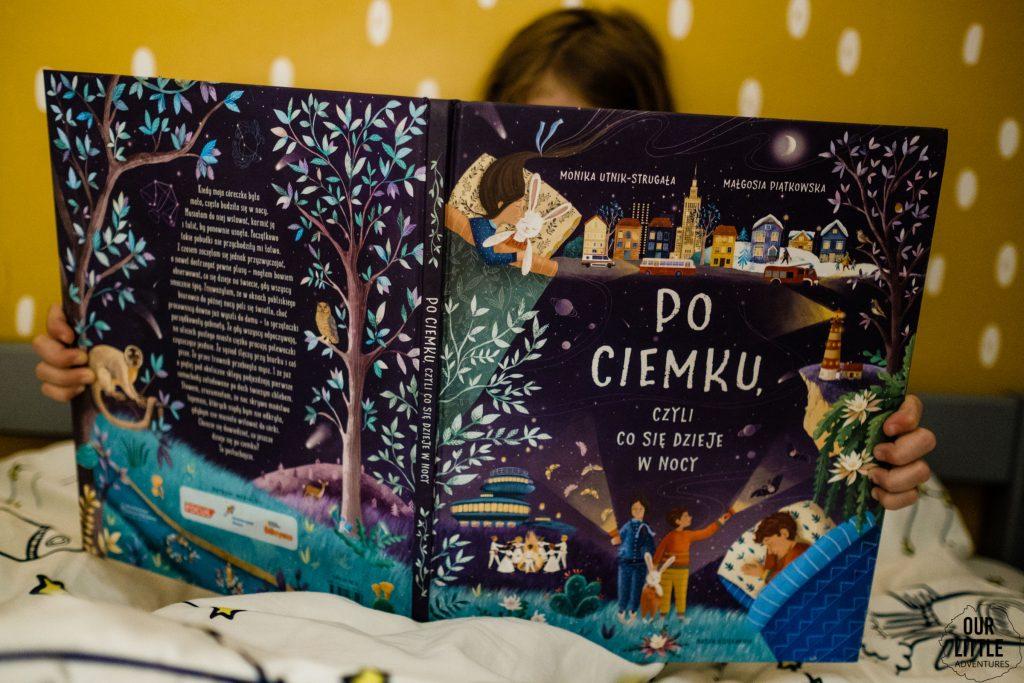 Po ciemku, Nasza Księgarnia, Our Little Adventures