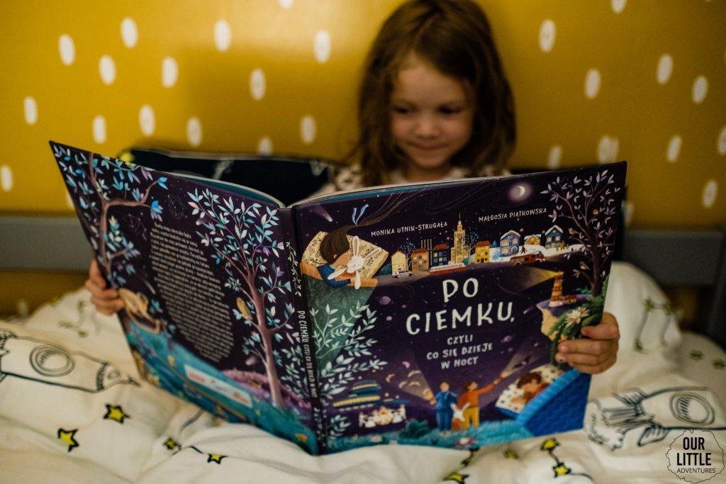 Po ciemku czyli co się dzieje nocą , Nasza Księgarnia, kołysanki dla dzieci, Our Little Adventures
