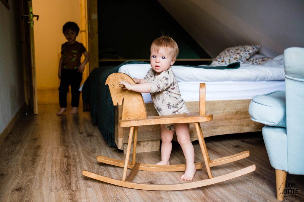 Drewniany konik na biegunach - Las Zielone