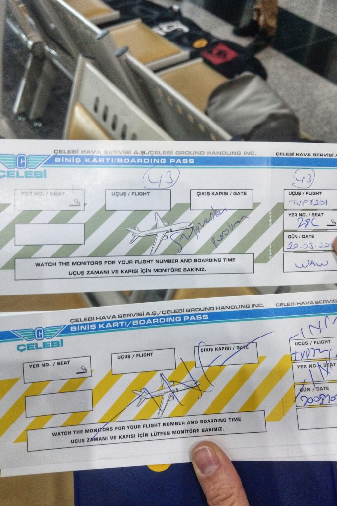 Karty pokładowe na lot czarterowy Itaka z Kapadocji