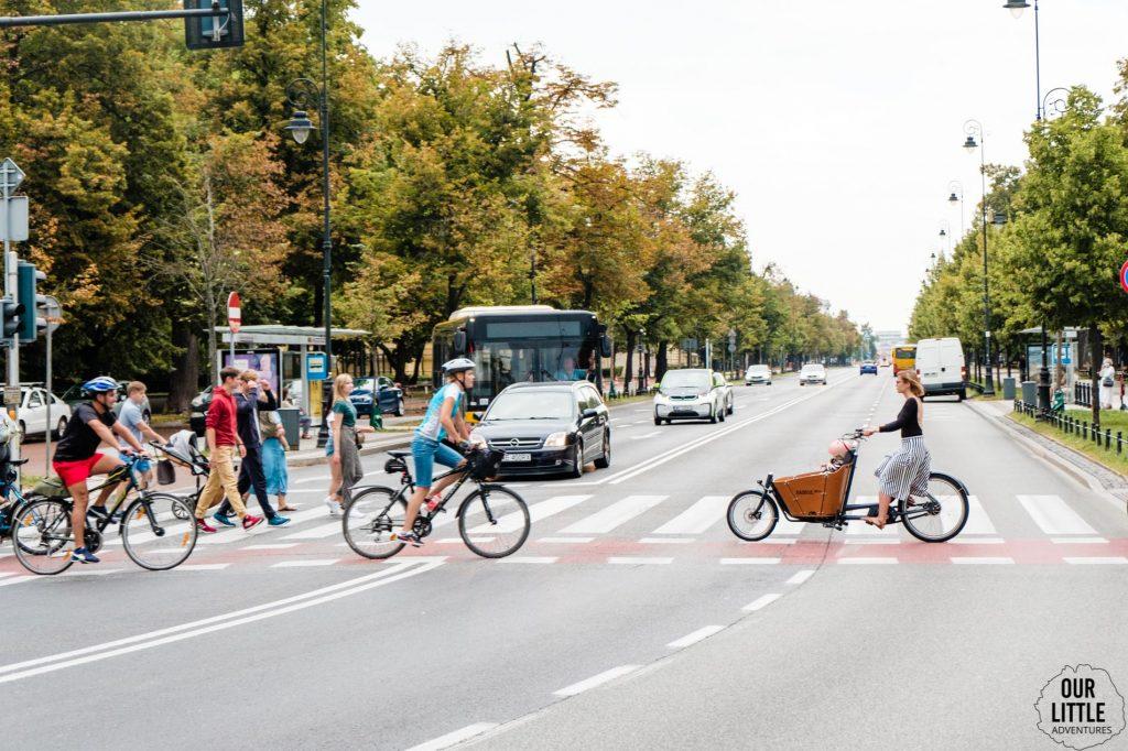 Rower cargo Babboe Mini na ulicach Warszawy