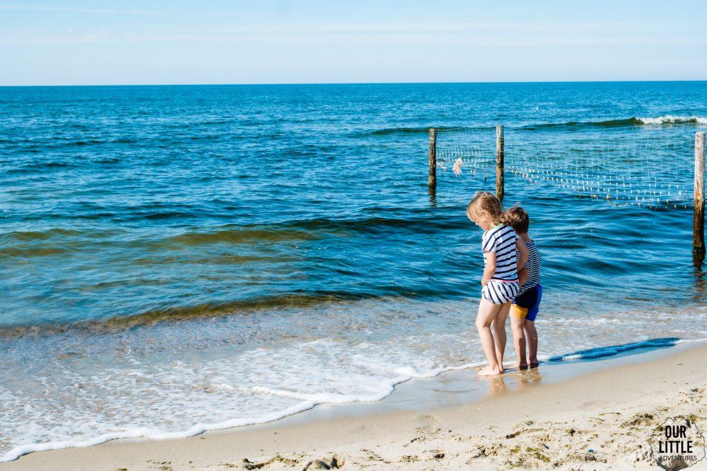 na plaży w Piaskach przy granicy polsko-rosyjskiej na mierzei wiślanej
