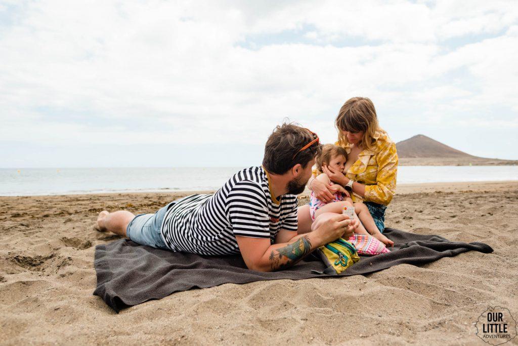 Para na plaży w El Medano