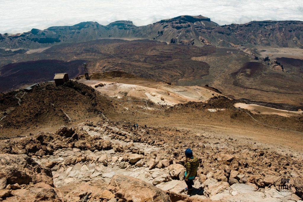Widok na kalderę z najwyższego szczytu Hiszpanii - El pico del Teide