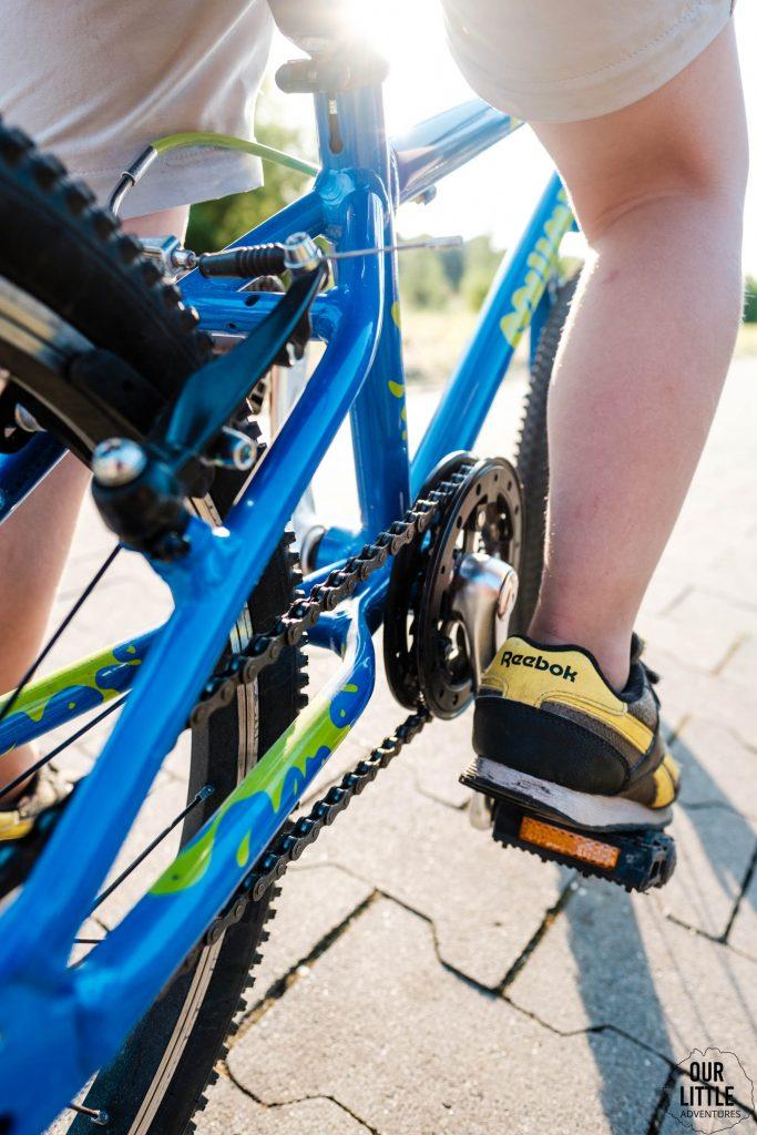 Lekki rower dla 5 latka korba