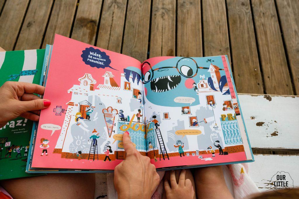 Co czytać w wakacje? Nasze ulubione książki dla dzieci na lato - Miasto potwór - Our Little Adventures
