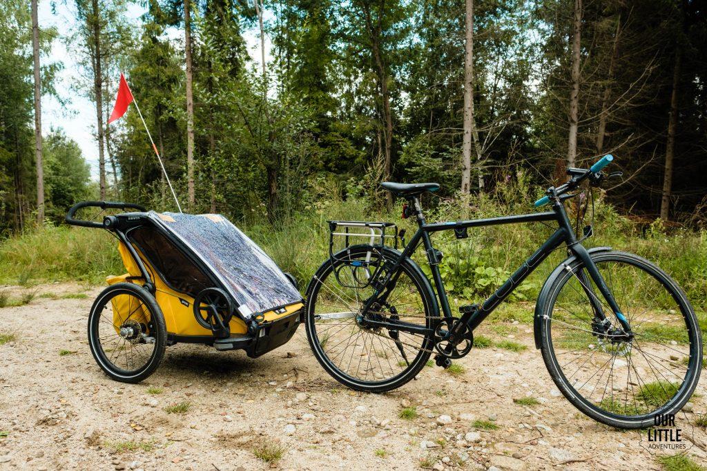 rower Cube z przyczepką Thule Chariot Sport 2