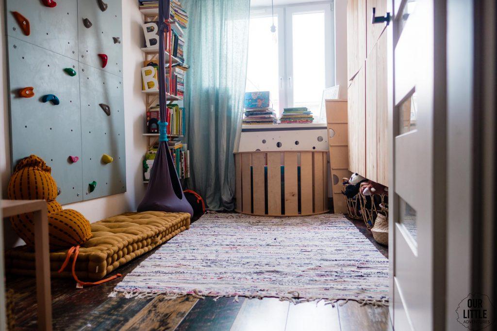 Bawialnia - widok na cały Pokój dla rodzeństwa - fot. OurLittleAdventures.pl